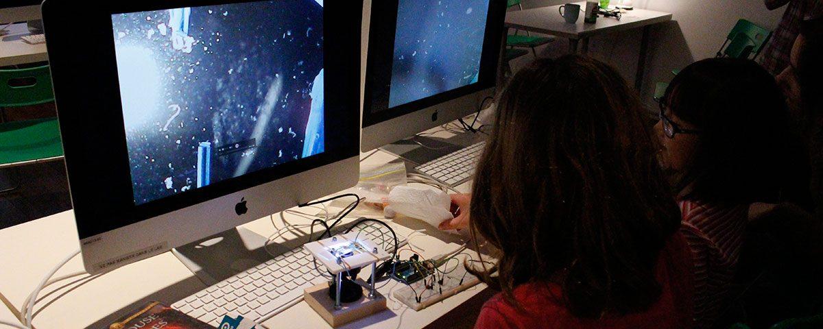 Arts électroniques en famille - bioart. Photo: Stéphanie Lagueux, 2015.